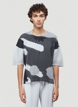 Homme Plissé Issey Miyake Big Brush Print Pleated T-Shirt in Grey