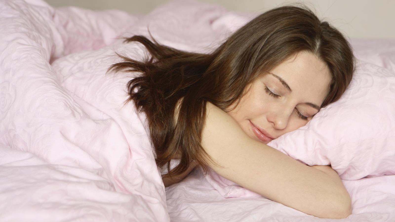 Técnicas y trucos de relajación que te ayudarán a dormir mejor