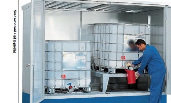 Depósito tipo MC-D 2.10 para el almacenamiento de hasta 2 GRGs. Estantes de llenado disponibles como accesorio, Depósito para productos peligrosos tipo MC-D 2.10 con 2 soportes para trasvases,