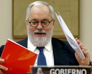 Arias Cañete en la Comisión del Cambio Climático