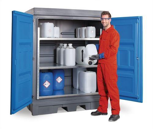 Armario o contenedor de seguridad con estanterías