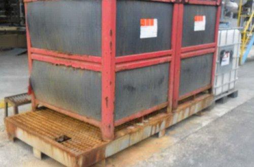 Un cubeto de acero galvanizado es una mala elección para almacenar ácido sulfúrico