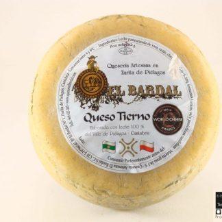 queso de vaca el bardal