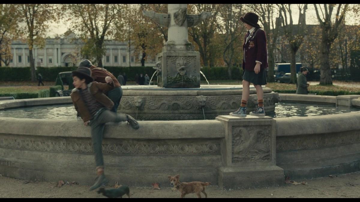 Converse HiTop Sneakers Of Tipper Seifert-Cleveland As Young Estella In Cruella (2021)