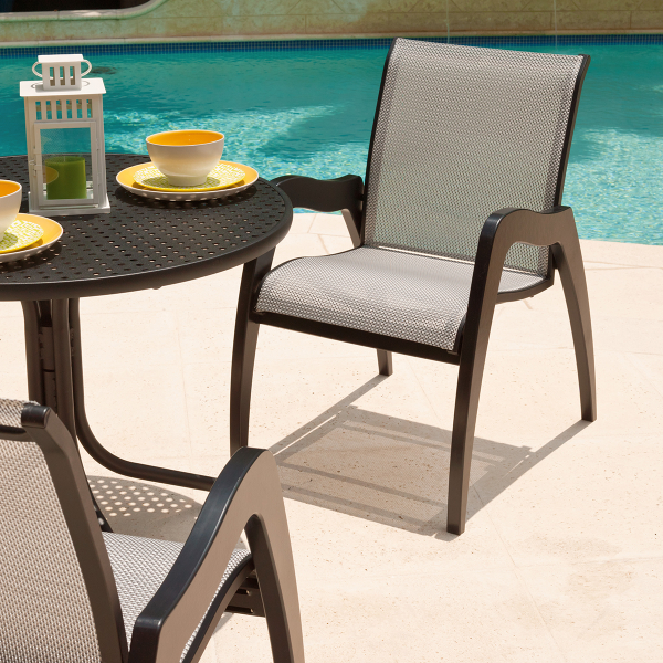 choosing the right outdoor fabric for