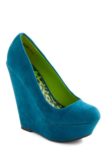 Walk and Roll Wedge in Teal