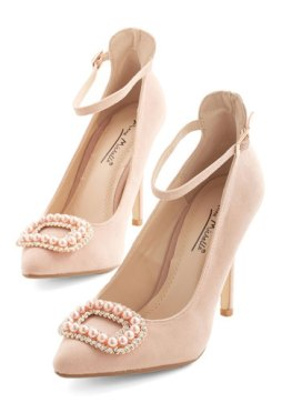 Me and My Pearls Heel in Rosewater