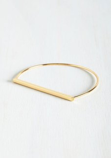 Key to Simplicity Bracelet in Gold