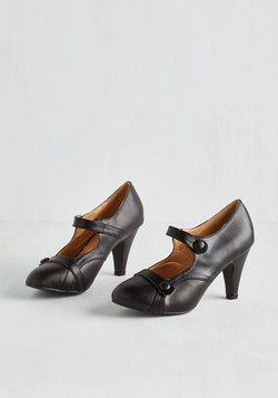 Wear Anywhere Heel in Noir