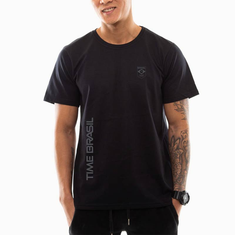 Camiseta - Unissex Preta - 100% Algodão - Silk Time Brasil Lateral