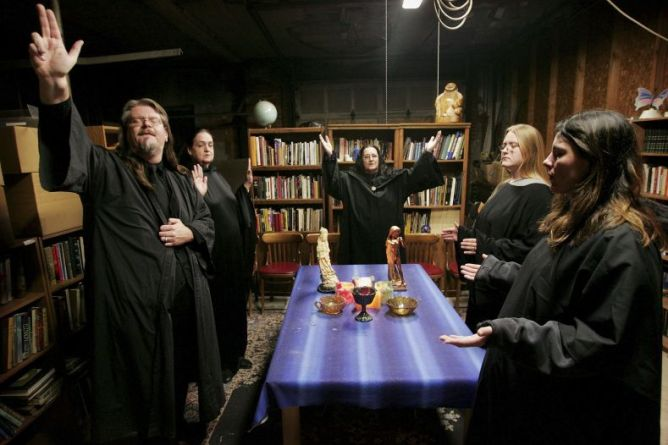 wiccans_1