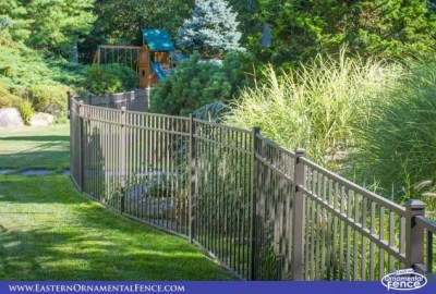 The textured finish on this EO54202 Eastern Ornamental aluminum fence doesn't show the dirt that is normally easily seen on a shiny smooth surface!