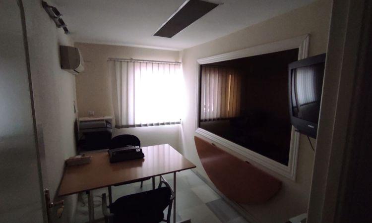 Oficina en Puerta Osario Sevilla Profesiolan 13