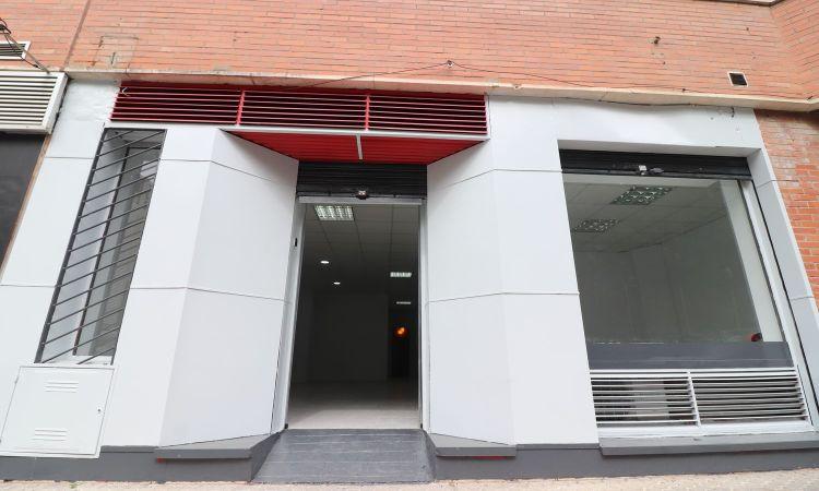 Local en calle Santo Domingo de la Calzada Sevilla Profesiolan 32