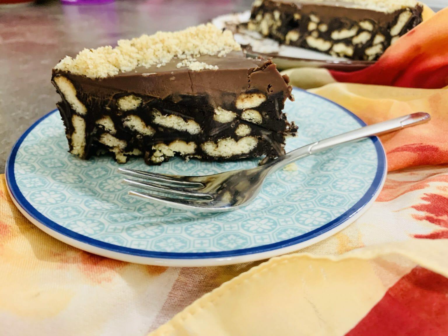 Бисквитена торта за мама