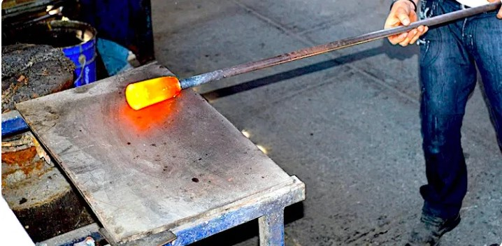 Bagaimana Proses Pembuatan Kaca?