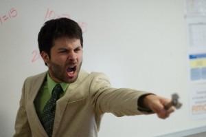 怒鳴る男性1
