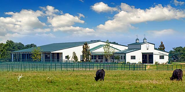 Terry Bradshaw Selling His $9.95M Oklahoma Ranch