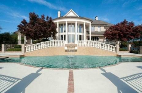 0228-michael-jordan-new-mansion-photos-1-628x415