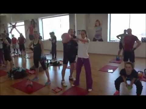 MOVE ON FITNESS Oleh Ilika Kettlebell and Julio Papi PNF Stretching Bucharest March 2013
