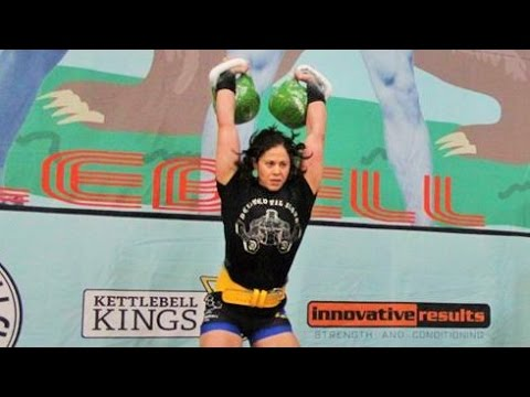 Kimberly Fox – 2 x 24 kg kettlebell prolonged cycle 61 reps (NEW RECORD)