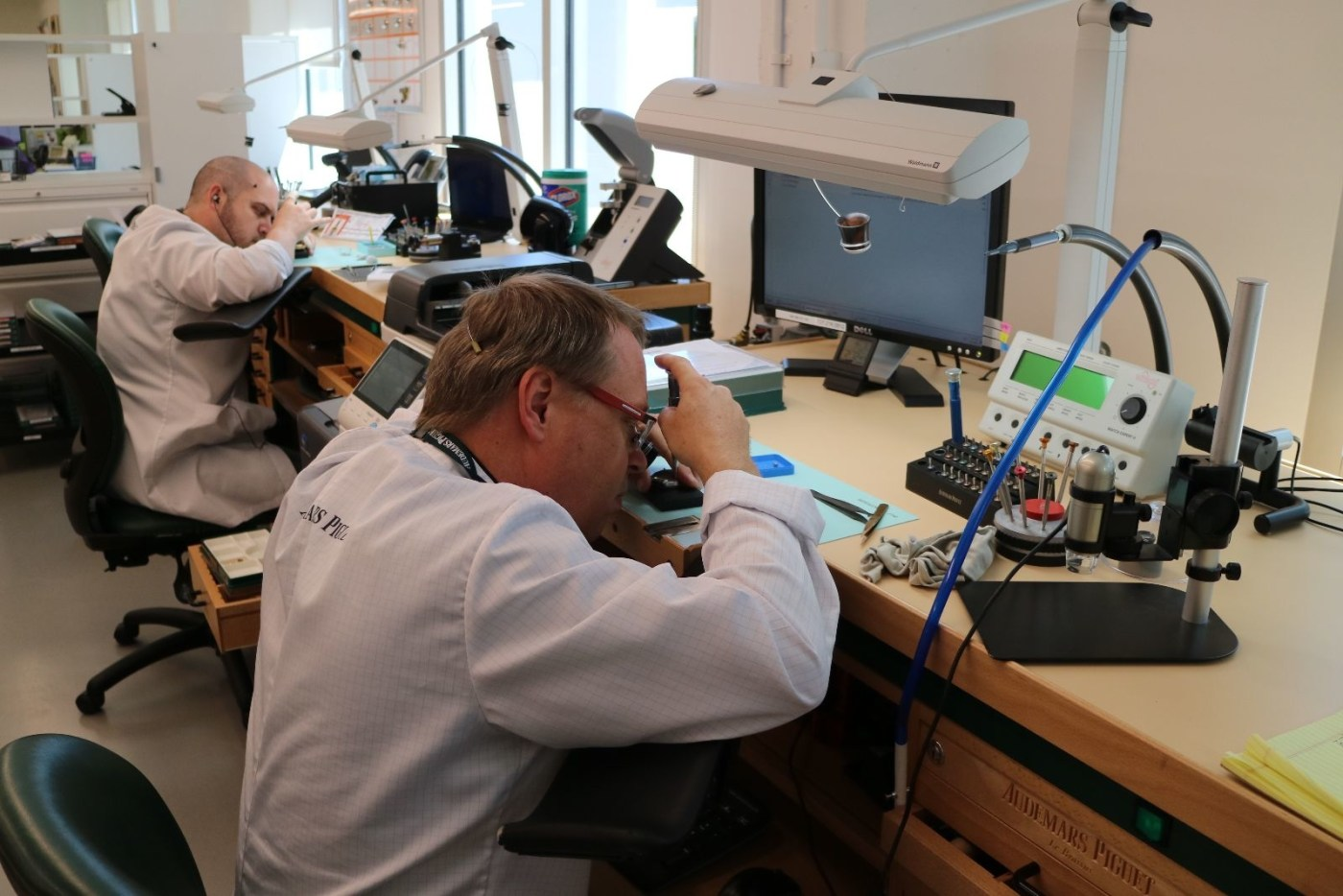 AP watchmakers evaluate and triage newly received pieces