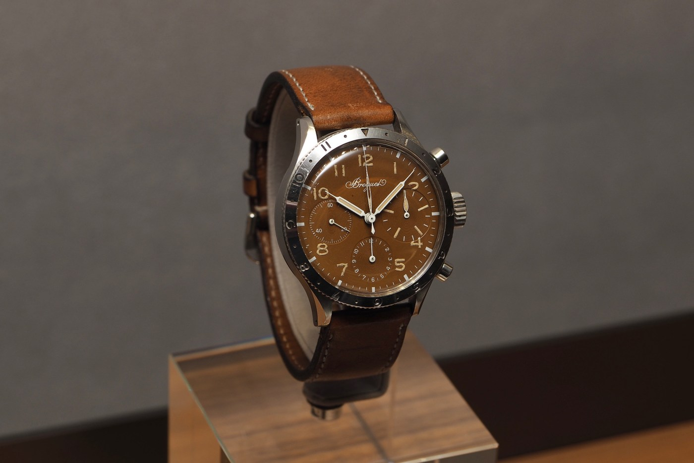 """Breguet vintage Type 20 in 38 mm steel case with heavily patinated """"tropical"""" dial"""