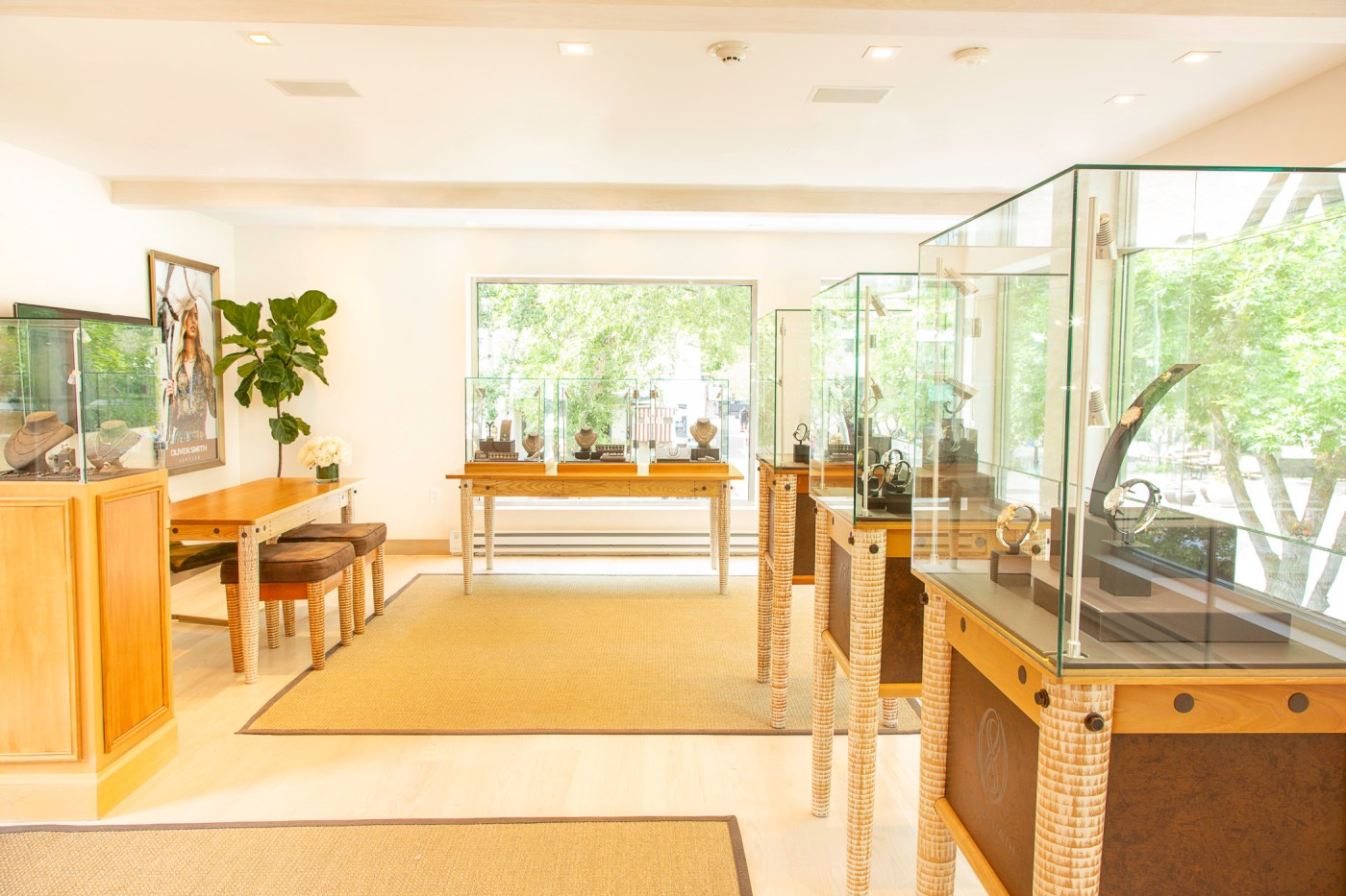 Oliver Smith Jeweler Aspen interior 2020