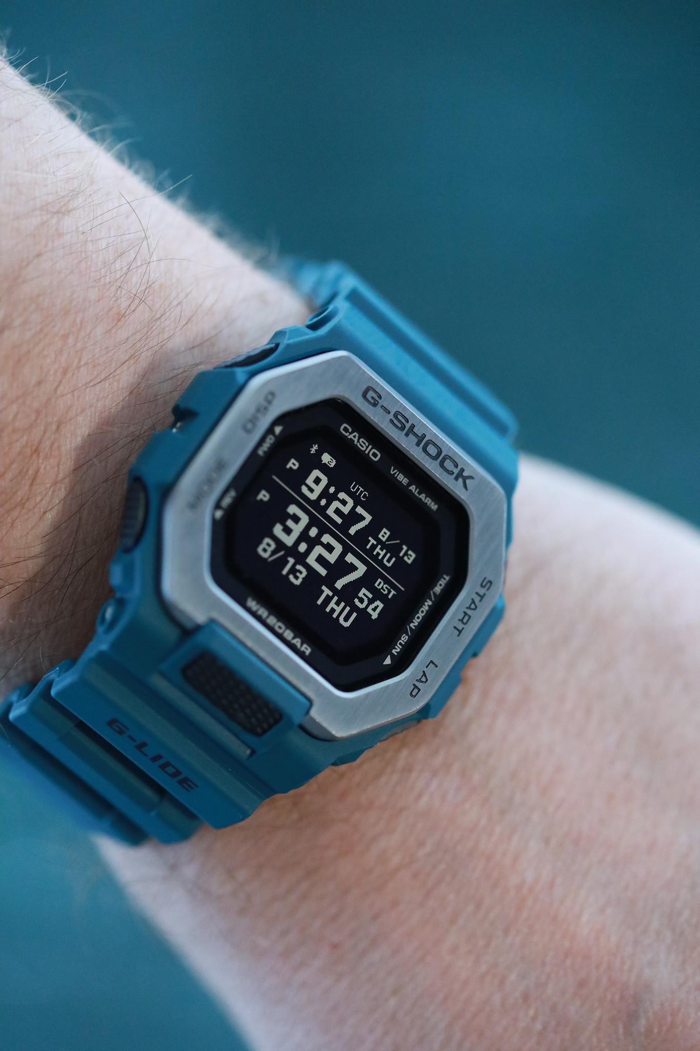 G-Shock G-Lide GBX100-2 wristshot