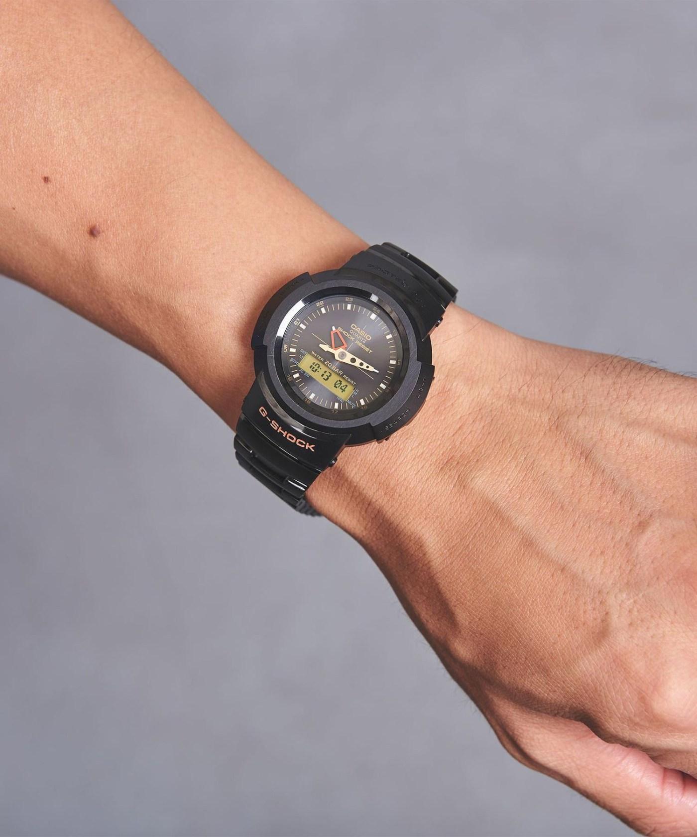 G-Shock AWM-500 United Arrows wristshot