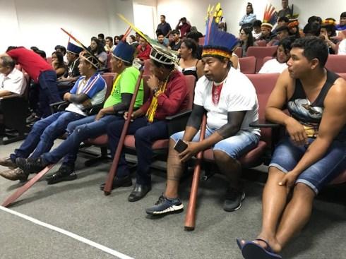 Diálogo com as lideranças indígenas no Museu Rondon