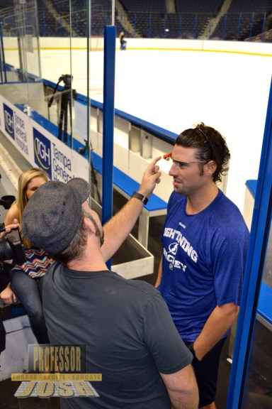 Showing Nate Thompson Tampa Bay Lightning About Glass