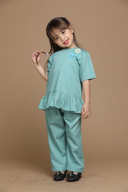 Raisya Suit