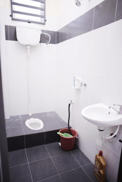 toilet-room-arau-idaman-homestay