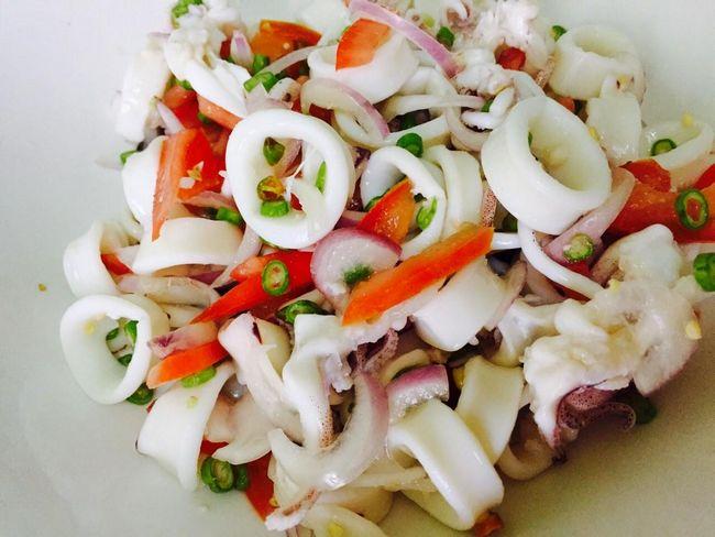 kerabu sotong makanan laut yang sedap