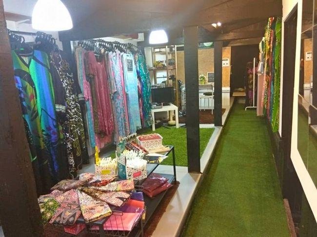 fesyen trending baju kelawar di Malaysia