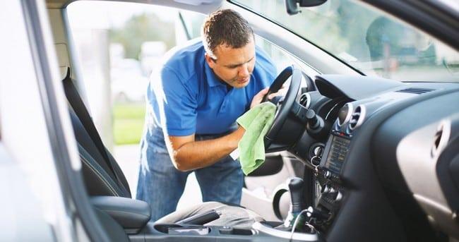 kereta sewa sentiasa bersih