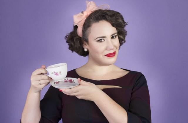 Lieve Tosca met een kopje koffie