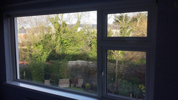 energy-saving doors and windows