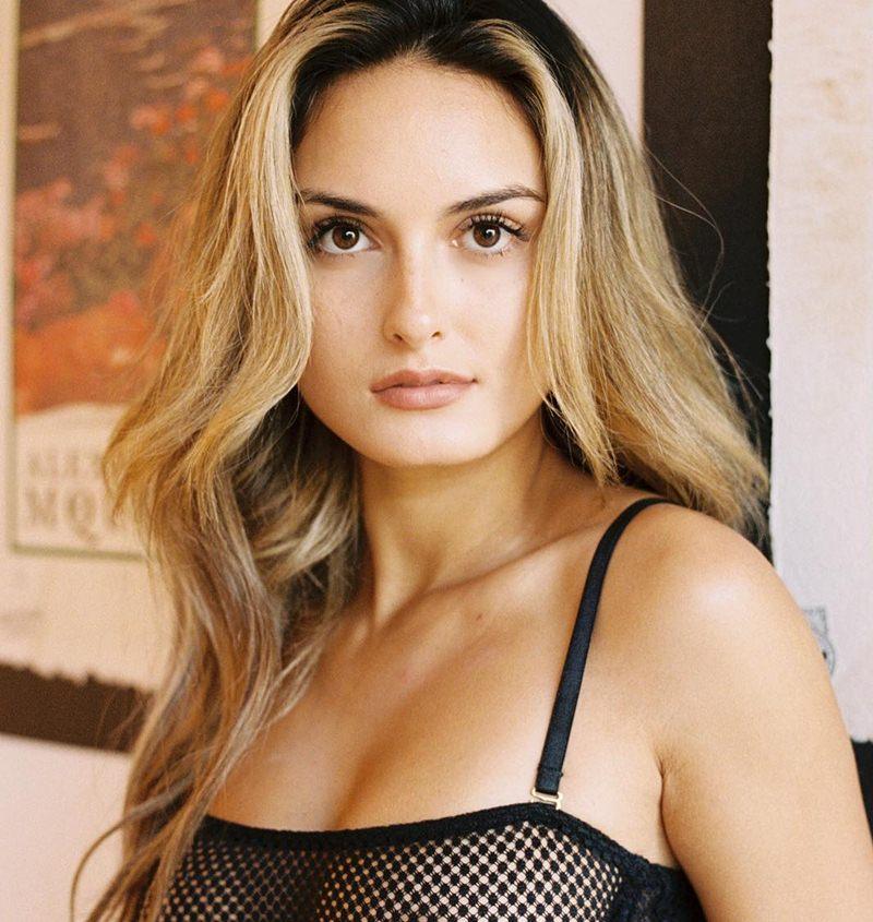Julia Rose Bio, Age, Height, Weight, Wiki, Net Worth, Affair