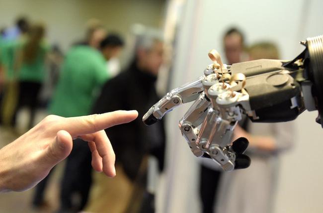 Robôs versus pessoas: quem ganha essa disputa?