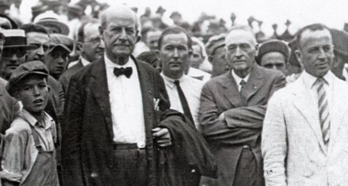 William Jennings Bryan arrives in Dayton, Tennessee for 1925 Scopes Monkey Trial