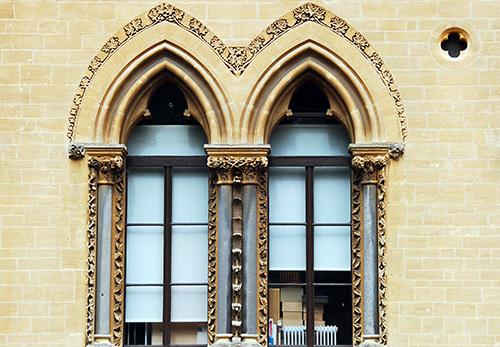 Oxford Museum of Natural History, close-up of exterior window | ProfJoeCain