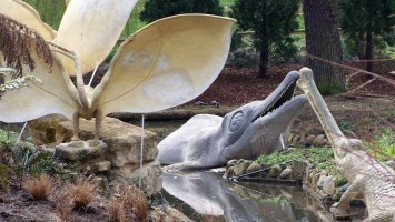 Pterodactyl (Oolite) statues in Crystal Palace Dinosaurs, restored 2000, damaged after 2005