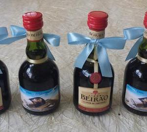 Miniaturas de LIcor Beirão com rotulo personalizado