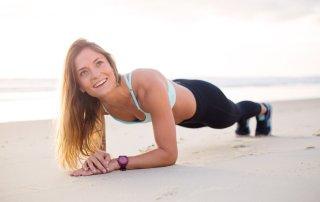 Nesprávne prevedenie cviku plank vám spôsobí bolesti