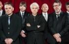 Slik høres «Heroes» ut i King Crimsons tapning