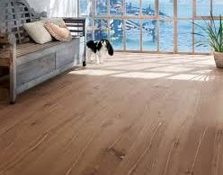 Natural Cleaning Tips for Wood Floors and Tiles