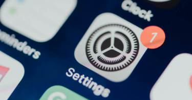 Iphone clock setting- How to change clock display
