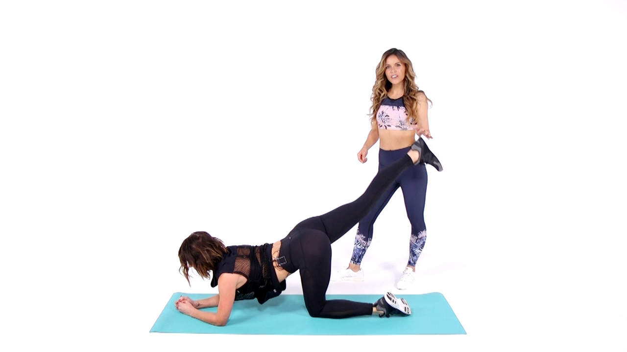 This Total-Body Workout From the Tone It Up Girls Sculpts From Head to Toe